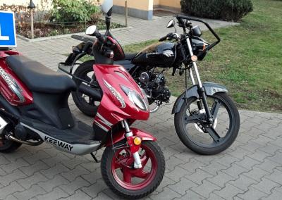 Skuter i motocykl